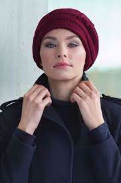 Evie Knitted Hat Dark Red
